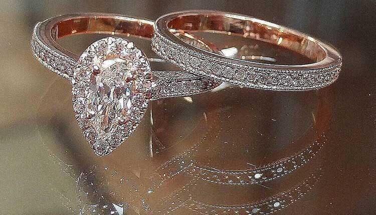how to pick the perfect engagement ring