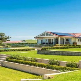 gerringong accommodation for large groups