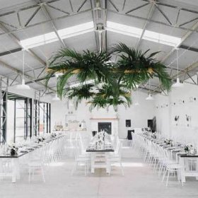 stunning wedding barn decorations